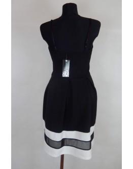 Сукня з прозорою вставкою