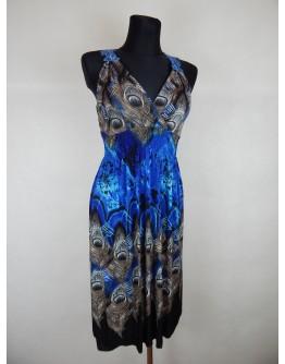 Сукня в павиному пір'ї
