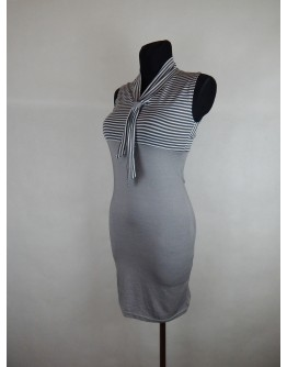 Сукня у смужку